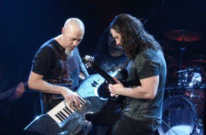 """Dream Theater anunță lansarea unui album live și a făcut public videoclipul pentru """"Pale Blue Dot"""""""
