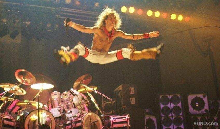"""Povestea din spatele piesei: """"Jump"""""""