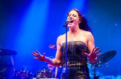 """Floor Jansen (Nightwish): """"După 20 de ani de metal, mi-ar plăcea să fac altceva"""""""
