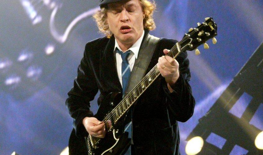 Angus Young îi va fi toată viața recunoscător lui Axl Rose