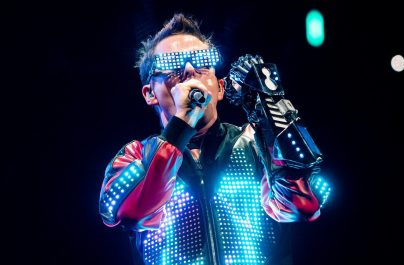 "Muse transformă ""Simulation Theory"" din album în film thriller IMAX"