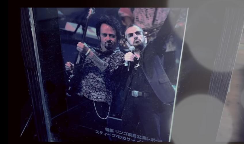 Ascultă piesa lui Steve Lukather (Toto) realizată împreună cu Ringo Starr