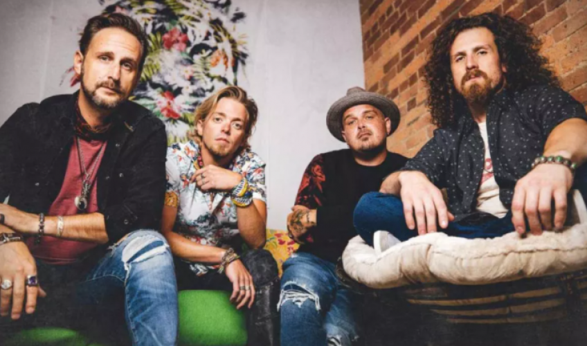 "Black Stone Cherry lansează videoclipul piesei ""In Love With The Pain"""